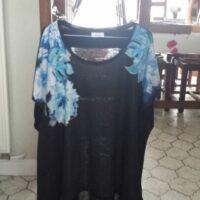 Tunique noire avec motifs